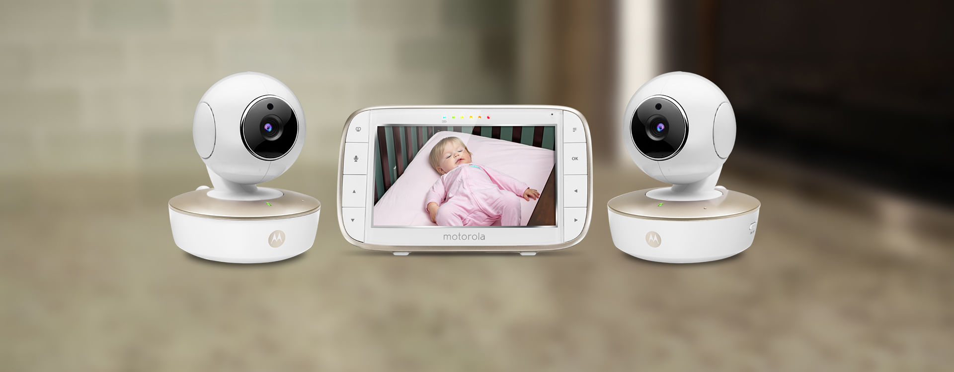 "Motorola MBP50-G2 5/"" Video Baby Monitor with Two Cameras"